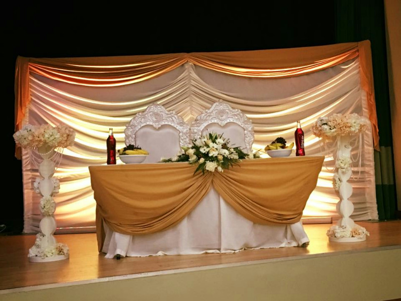 asian-wedding-stage