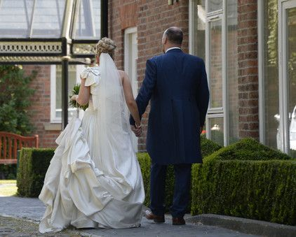 Bride-Groom-Cobbles