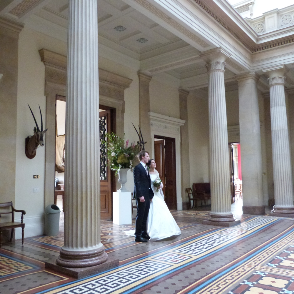Nick-and-Anna-arrive-at-Whitbourne-Hall-1
