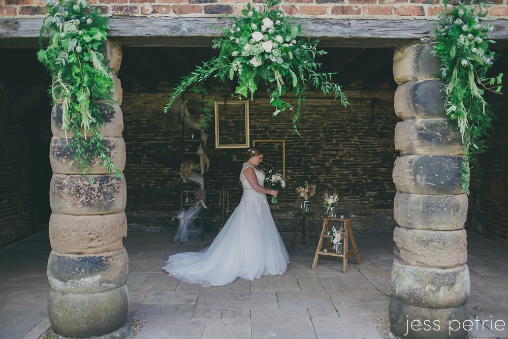 Abbeydale-Industrial-Hamlet-Weddings-48