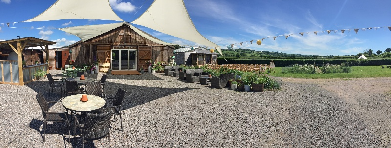 Cott-Farm-Exterior