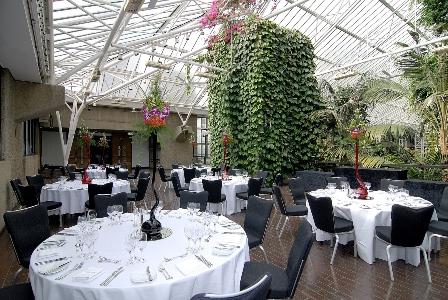 14-Conservatory-terrace-banquet