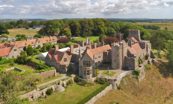 aerialview-castle-lympne-grounds